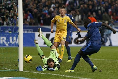 Chùm ảnh: Pháp thắng lượt về 3-0 trước Ukraine trên sân nhà (Tổng tỉ số 3-2)