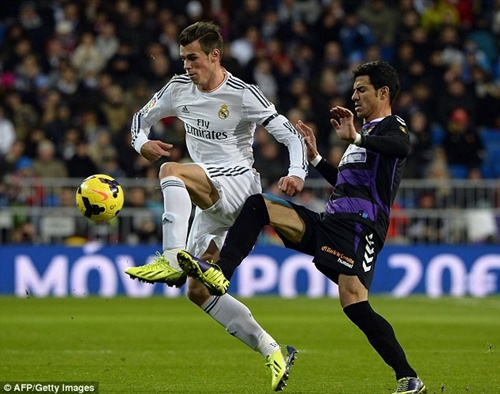Màn trình diễn siêu thuyết phục của Bale qua ảnh
