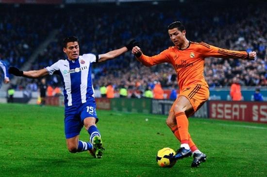 Hình ảnh bất lực của Ronaldo trong trận gặp Espanyol