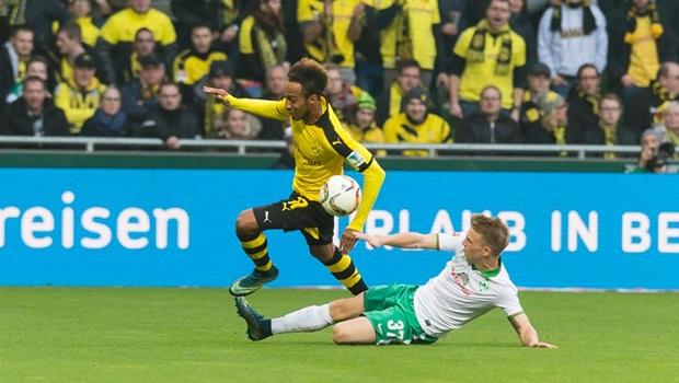 "Marco Reus trỗi dậy ""kéo"" Dortmund áp sát Bayern"