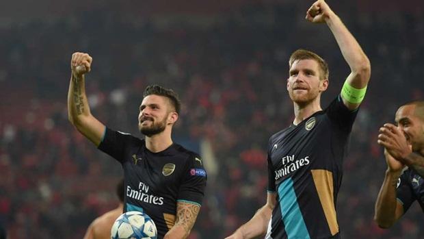 """Xác suất các trận """"đại chiến"""" có thể xảy ra ở vòng 1/8 Champions League"""