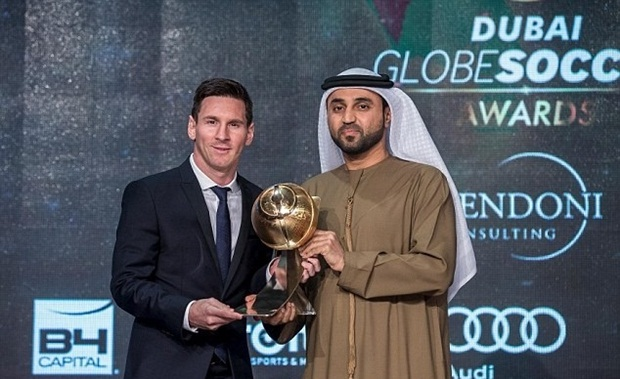 Messi được vinh danh cầu thủ xuất sắc năm 2015