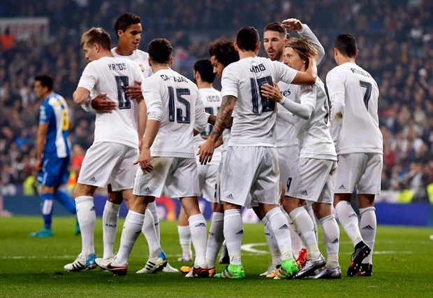 Ronaldo ghi bàn trên chấm 11m, Real vùi dập Espanyol