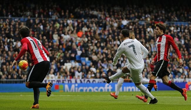 Chùm ảnh: Ronaldo lập cú đúp, Real Madrid vượt ải Bilbao