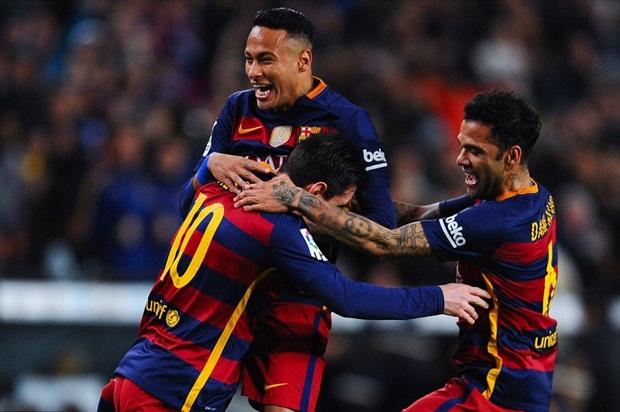 """Tam tấu M-N-S """"chơi tennis"""", đưa Barca lập kỷ lục"""