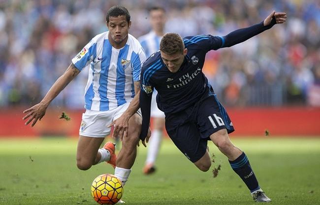 Chùm ảnh: Ronaldo đá hỏng phạt đền, Real vô vọng đuổi kịp Barca