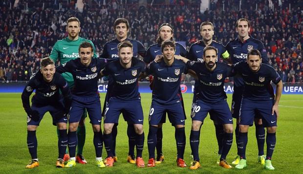 HLV Simeone giang tay bất lực nhìn Atletico bị 10 người PSV cầm hòa