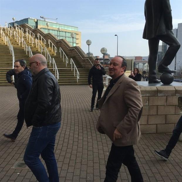 Chùm ảnh: Benitez chính thức trở lại Premier League