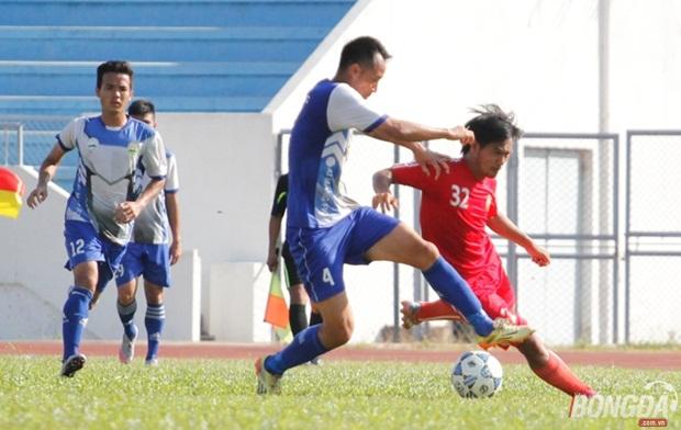 Hai nhà vô địch AFF 2008 bất phân thắng bại trên sân Đồng Nai