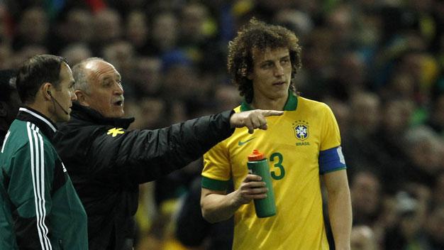 Bóng đá - Brazil: Scolari còn nhiều  việc phải làm