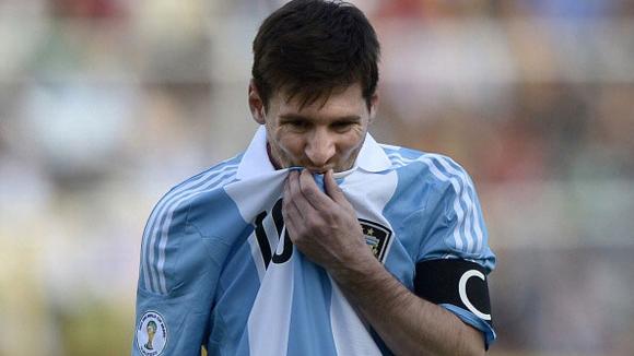 Bóng đá - Messi vẫn bị gọi lên tuyển dù chấn thương