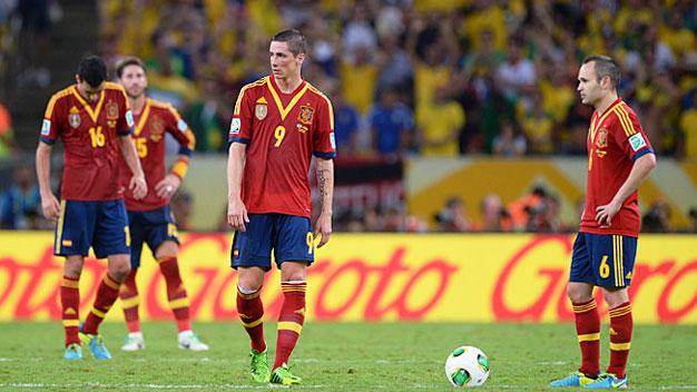 Bóng đá - Quan điểm: Tây Ban Nha còn nhiều việc phải làm