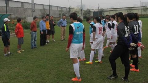 Bóng đá - Lãnh đạo VFF thăm ĐT nữ Việt Nam