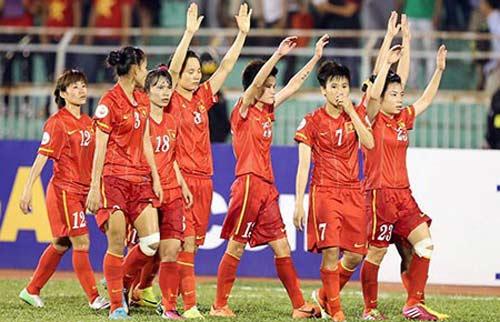"""Bóng đá - Vấn đề của bóng đá nữ Việt Nam: """"Ăn chạy"""""""