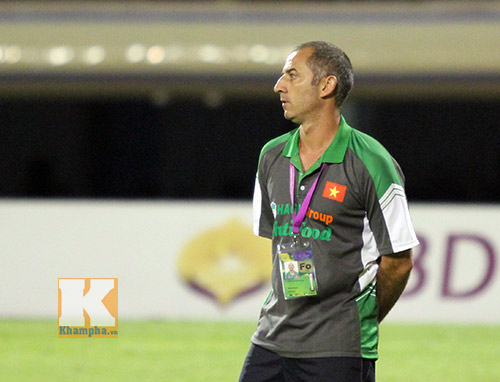 Bóng đá - Thầy Giôm: Một số cầu thủ U19 VN chơi không tốt