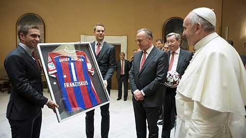 Sao Bayern diện kiến Giáo hoàng Francis