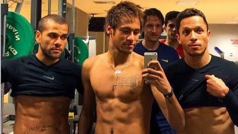 """Neymar không còn tự ti vì thân hình """"toàn dao găm"""""""