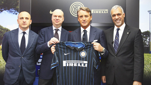 Mancini thòng điều khoản ra đi