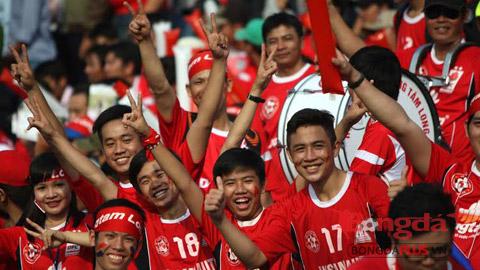 Bóng đá - Thống kê sau vòng 2 V.League: Sức nóng trên khán đài