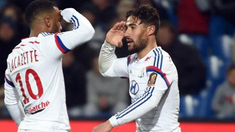 Bóng đá - Lyon thăng hoa nhờ bộ đôi Fekir - Lacazette