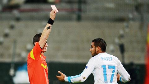 """Bóng đá - Marseille bị trọng tài """"đánh hội đồng""""?"""