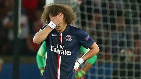 Mẹ của David Luiz động viên con trai luôn ngẩng cao đầu