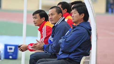 """Bóng đá - ĐT.LA """"gãy"""" hàng thủ trước trận gặp Đồng Nai"""