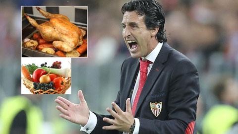 HLV Unai Emery mê nấu ăn và thích... chung kết