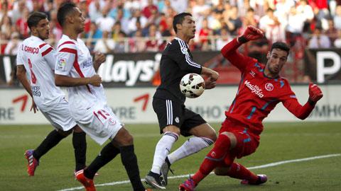 Bóng đá - Sergio Rico được triệu tập ĐT TBN: Đứa trẻ nay đã trưởng thành