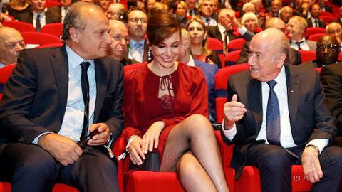 Blatter nhăm nhe lấy vợ thứ… tư?