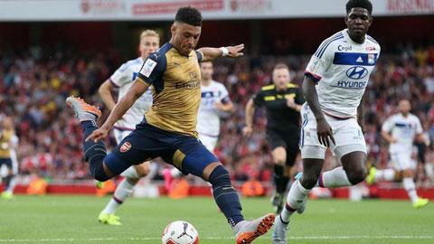 Lyon thảm bại ở Emirates Cup 2015: Mãnh sư chưa sẵn sàng