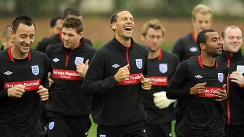 Bóng đá - Rio Ferdinand sắp chung chiến tuyến với 2 kẻ thù Terry và Ashley Cole
