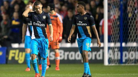 Bóng đá - Arsenal thua Sheffield Wed tan nát 0-3 do chủ quan khinh địch