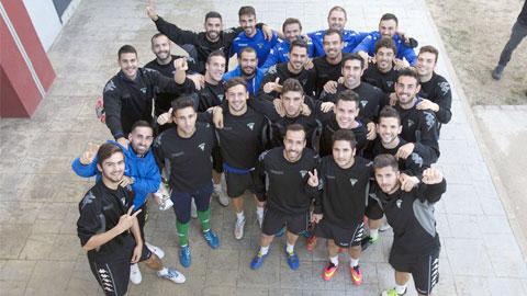Bóng đá - Bật mí đối thủ của Barca: Đội bóng của những thợ nề, y tá & kỹ sư