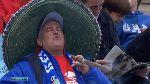 Độc đáo: Fan CLB Getafe hút điếu thuốc lá ''khổng lồ'' trong lúc chờ đợi trận đấu giữa Getafe - Levante