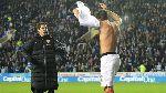 Màn tặng áo...lỗi của Giroud và Coquelin - 'Chết' vì...thiếu hiểu biết!