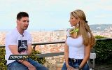 Leo Messi &quot;rung rinh&quot; trc n phng vin
