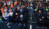Chùm ảnh: Thẻ đỏ tranh cãi cho Torres, derby London bất phân thắng bại