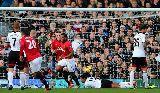 Chùm ảnh Fulham 1-3 M.U: M.U nối dài chiến thắng
