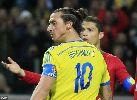 Chùm ảnh Ronaldo nhấn chìm Thụy Điển bằng đẳng cấp