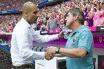 CHÙM ẢNH: Guardiola và Thiago nở nụ cười chiến thắng trong ngày tái ngộ Barca