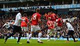 Chùm ảnh Ngoại hạng Anh ngày Chủ nhật: Sắc xanh thắng, sắc đỏ thất vọng