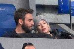 Chùm ảnh: De Rossi chăm chút cho bà bầu