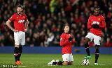 Chùm ảnh: Chùm ảnh M.U gặp ác mộng tại Old Trafford