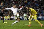 Hình ảnh Ronaldo bất lực trước hàng phòng ngự của Espanyol