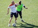 Chùm ảnh: Robben mắng mỏ đồng đội trên sân tập