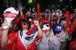 Chùm ảnh: CĐV Hàn Quốc bật khóc trước màn thua sốc của đội nhà