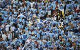 Chùm ảnh: 10 người tuyển Ý không giữ nổi vé trước Uruguay