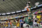 Chùm ảnh: Chùm ảnh: Penalty phút bù giờ giúp Hy Lạp giành vé vào vòng 1/16