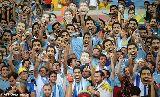 Chùm ảnh: Xem lại trận Colombia 2-0 Uruguay qua ảnh: Không Suarez không chiến thắng